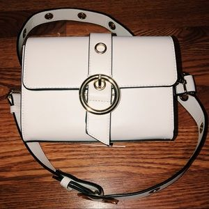 Forever 21 White purse